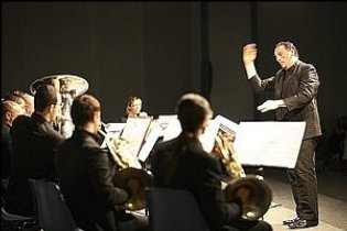 Maestro Luca Benucci conducts the Brass Dimension Ensemble